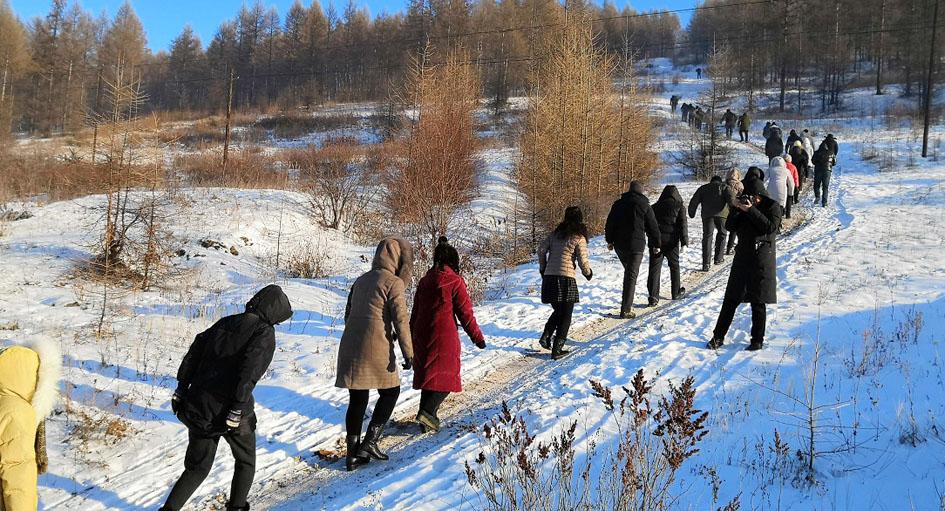 伊图里河镇开展助力林都冰雪文化系列活动