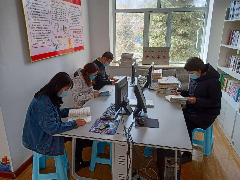 塔尔气镇:守护家园 青年志愿者在行动