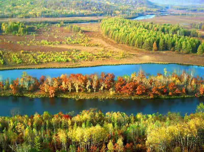 林都秋天景色